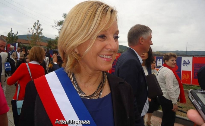 Marlene Mourier, Mayor of Bourg-Les-Valence and fellow delegates in Karabakh in Sept. 2015. Photo courtesy of Artsakhpress.